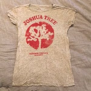 Joshua Tree rare tee medium